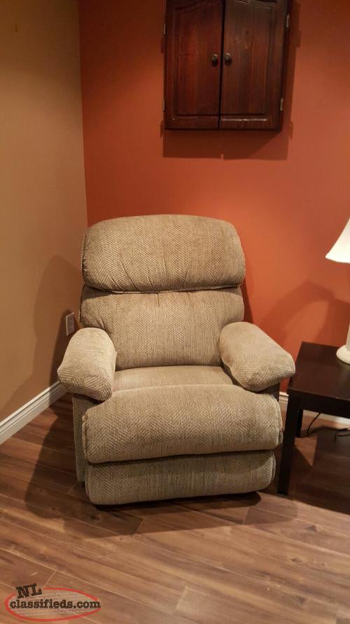 Reclining LAZBOY Sofa amp Chair CBS Newfoundland : 14860840496212171404resized from www.nlclassifieds.com size 500 x 889 jpeg 44kB
