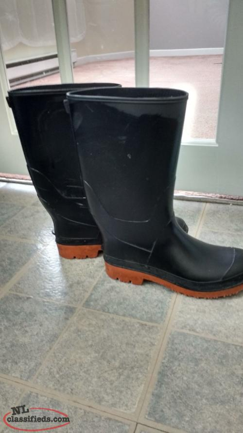 Rubber garden fishing boots st john 39 s newfoundland for Rubber fishing boots