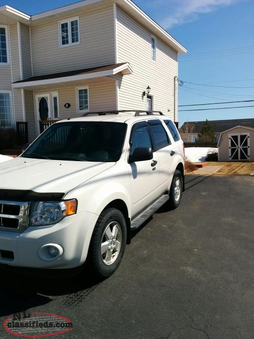 2012 ford escape xlt all wheel drive paradise newfoundland. Black Bedroom Furniture Sets. Home Design Ideas