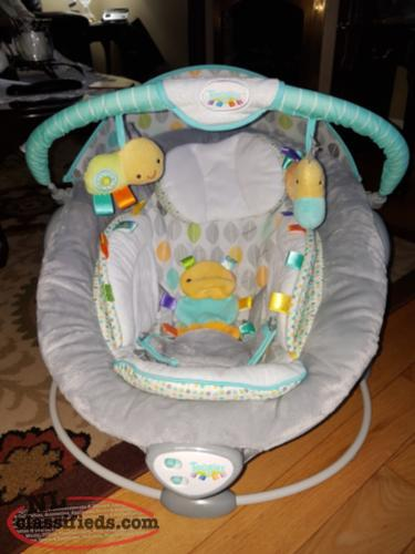 Taggies baby chair