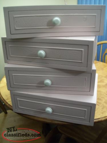Individual drawers (1 remaining)