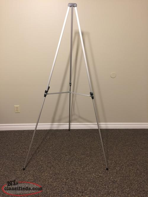 TELESCOPIC TRIPOD EASEL / FLIPCHART with PAPER