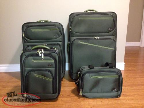 For Sale 4 Piece Luggage Set
