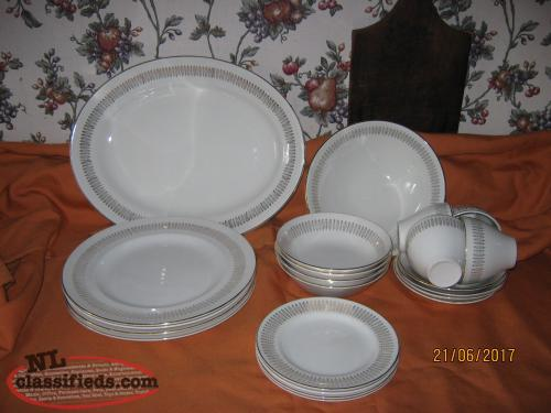 Royal Knight Traditional Dinnerware