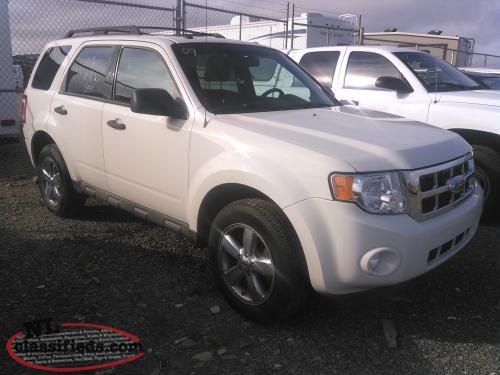 2009 excape XLT AWD MINT......