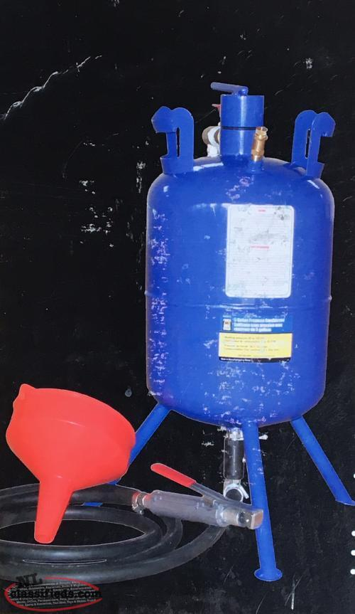 5 Gallon Pressure Sandblaster & 30/40 Glass Grit