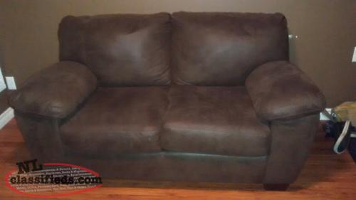 *Price reduced* Love seat for sale