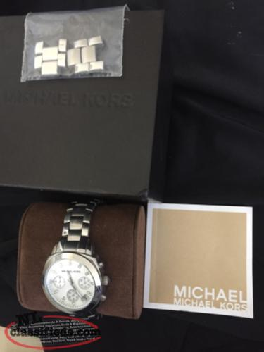 Beautiful Authentic Michael Kors Womens Watch