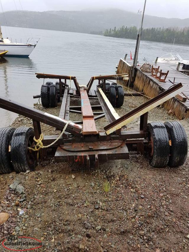 Heavy boat trailer for a big boat