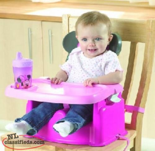 Minnie Mouse booster feeding seat