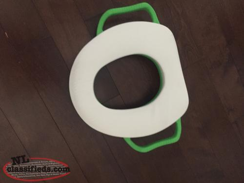 Toilet training seats