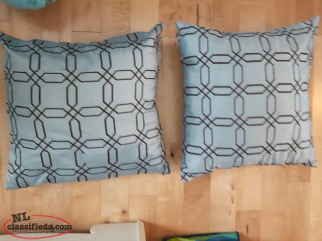 2 pillows