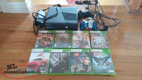 XBOX 360 Console with several games