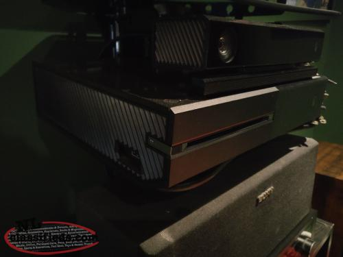 REDUCED AGAIN! Selling a 500GB Xbox One + Kinect!