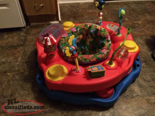 Fold-n-go Exersaucer -Circus theme, Heights, Snack Tray, Washable $45 obo