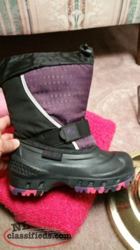 Wintwr Boots size 2