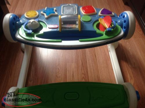 Little Tykes play centre/Fisher Price Sit to Stand chair