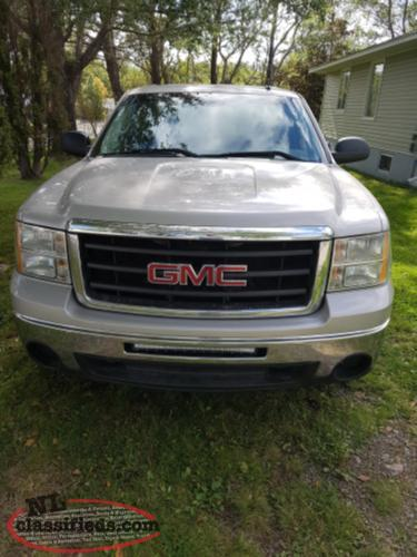 2009 GMC Nevada Edition 4 by 4 Pickup