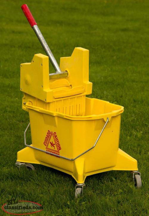 Commercial Mop Bucket and Wringer Combo