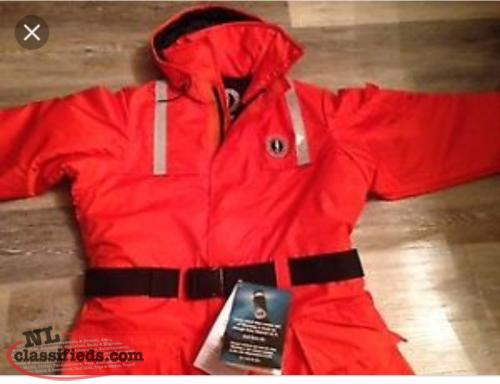 Hooded Mustang survival suit size L