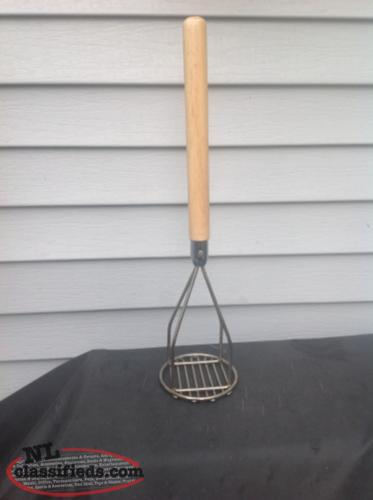 "18"" COMMERCIAL POTATO MASHER BRAND NEW NEVER USED"