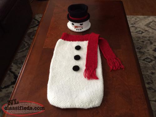Hand Knit Christmas Hats