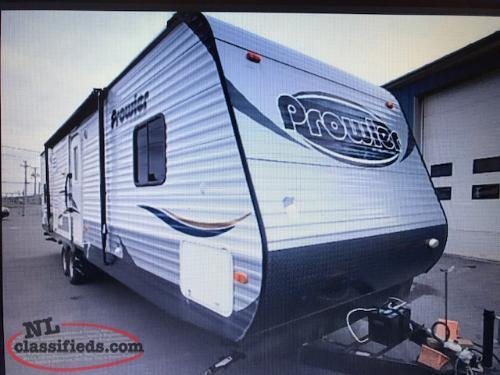2014 Prowler 33BHS 3 Slide Trailer Steal of a deal ONLY $18000.00