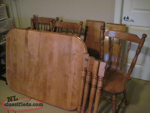 Table and chairs for sale
