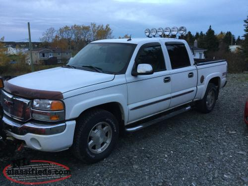 Great deal ! 04 Sierra crew cab.