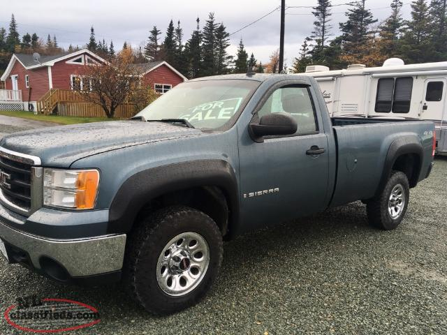 PRICE DROP! 2008 GMC Sierra 4x4