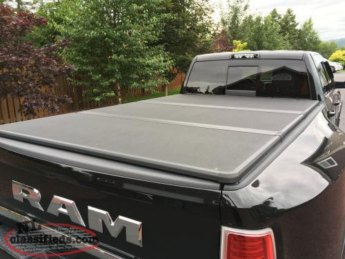 Tri fold tonneau cover for 8 foot box