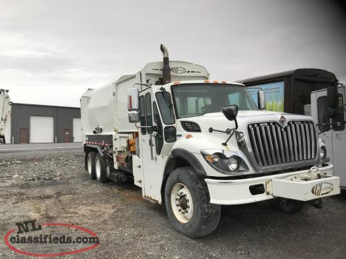 2009 International Garbage Truck