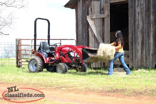 Mahindra eMax 22 S HST with Loader