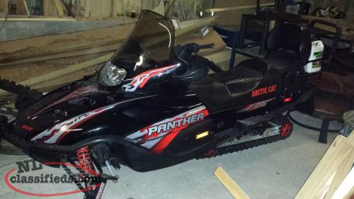 2005 370 Arctic Cat Panther and Ski doo trailer