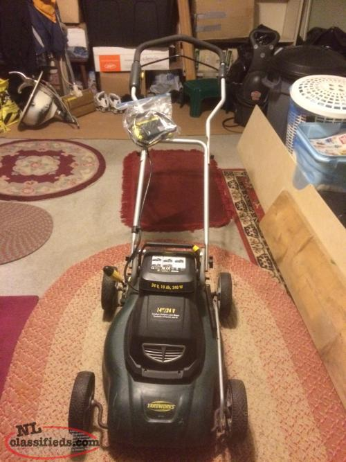 "BATTERY OPERATED YARDWORKS LAWNMOWER 14""/24V"
