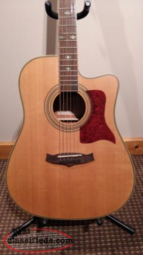 Tanglewood acoustic-electric