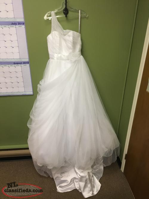 Brand New Alred Angelo Wedding Dress Originally $790