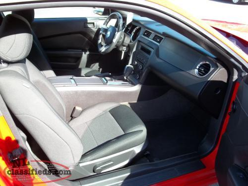 2014 Ford Mustang V6 **Hot Deal!**
