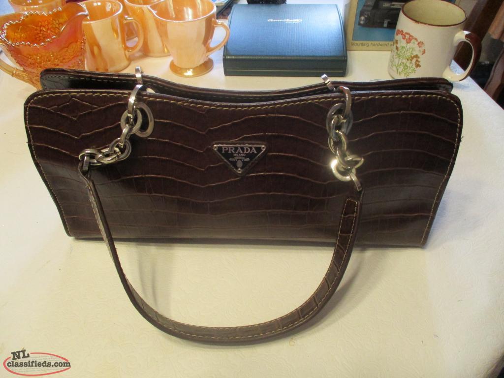 5f9572d84e58 ... promo code ladys prada handbag milano dal 1913 d4e4e caee5