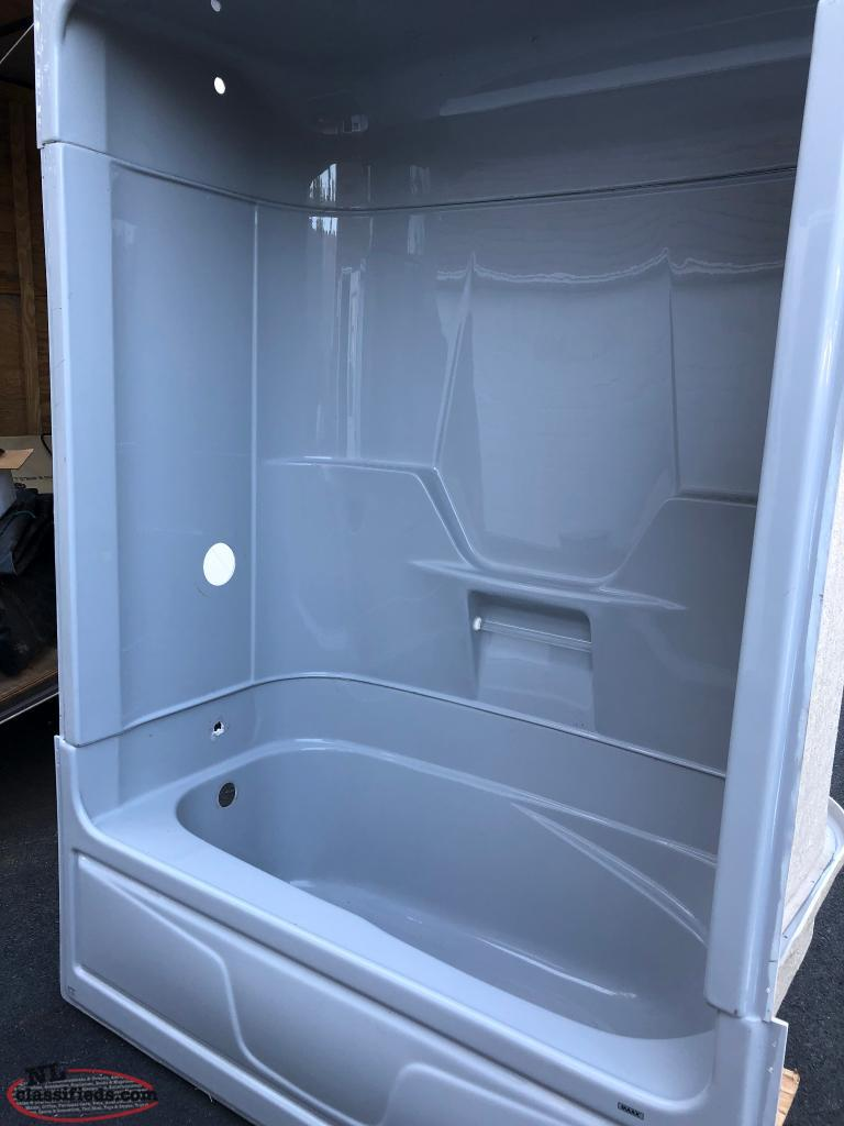 3 piece tub and shower unit - Holyrood, Newfoundland Labrador | NL ...
