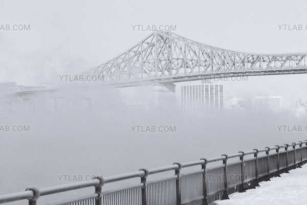 Montreal at minus 45˚ 06 (Jacques Cartier Bridge)