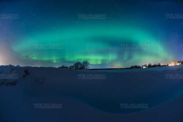 Aurora Borealis 05 Le dinosaure