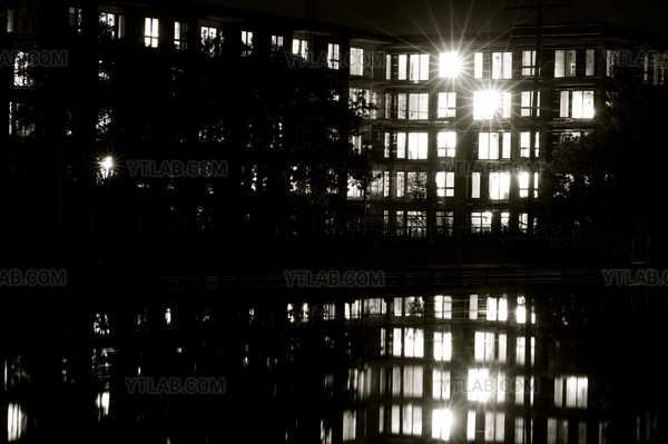Réflexion de nuit