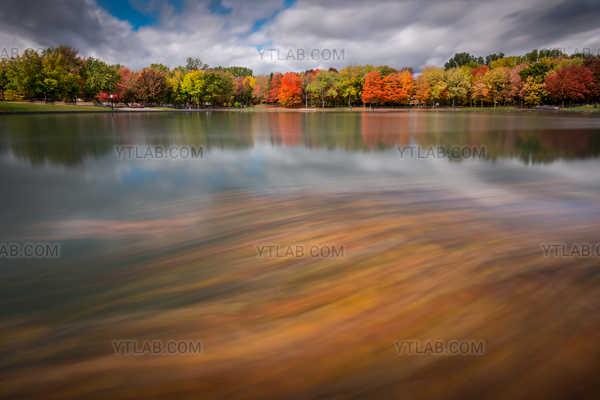Autumn on Beaver's Lake