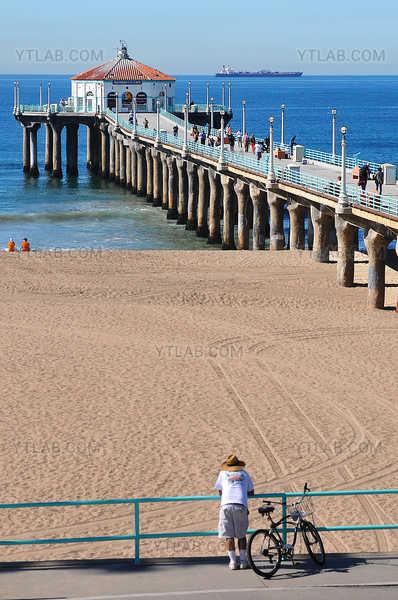 Pier at Manhattan Beach, California