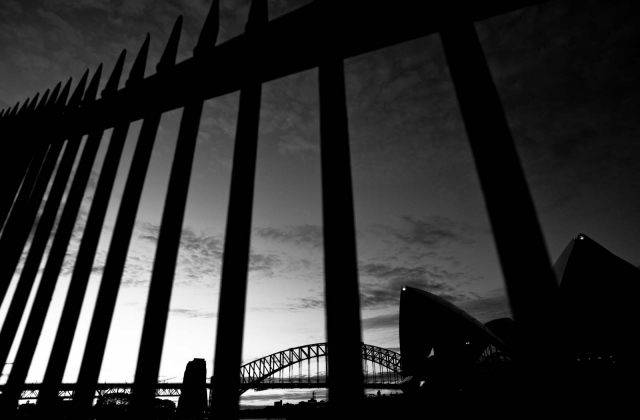bridge_sydneyaug2011_blotto_9777_1.jpg