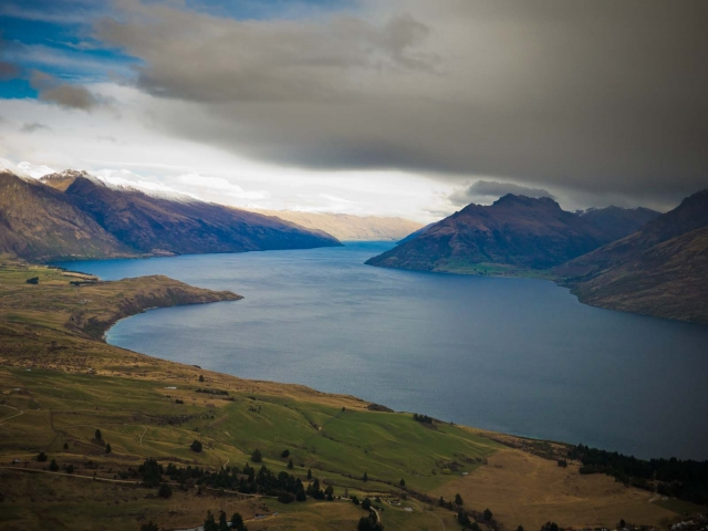 queenstown_nzaug2012_blotto_1000840.jpg