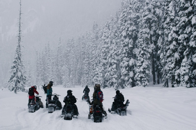 snowmobiles_canadamarch2014_blotto_5839_1.jpg