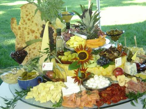 antipasto_table_41104.jpg