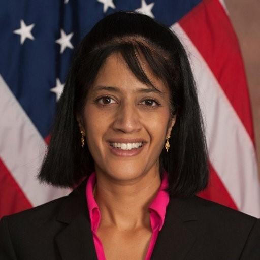 Dr Diana Thomas